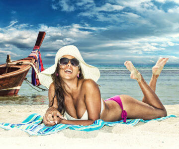 girl on beach 360x300 - Are you looking for a second residence? Thailand may be the right choice for you.