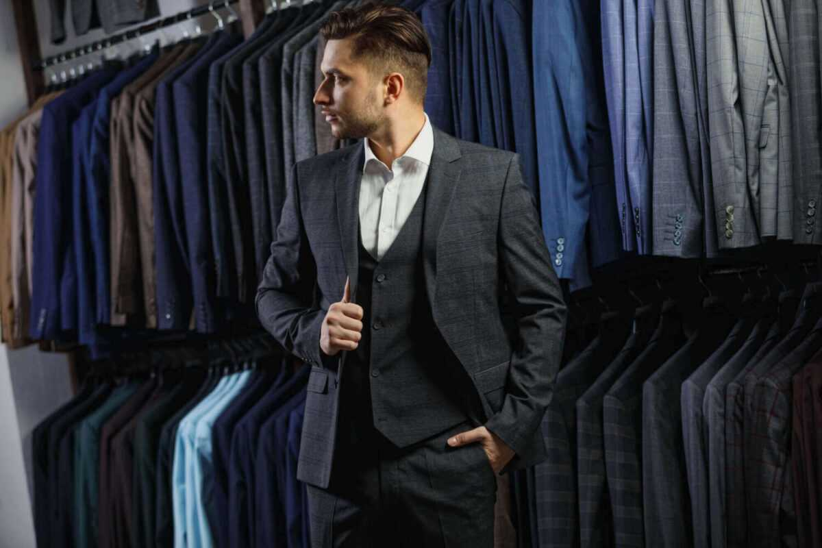 well dress 1 scaled - The cocktail attire. How to dress for weddings and special events