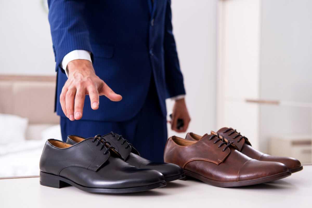 depositphotos 255607972 l 2015 - Мужские туфли дерби: как выбрать и с чем носить?