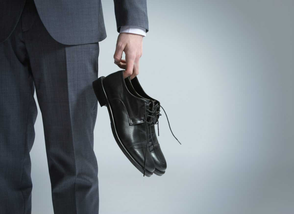depositphotos 9884471 l 2015 - How to combine boots and shoes with a business suit