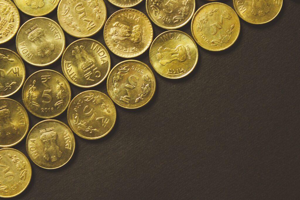 rupixen com litbv5rqdbq unsplash scaled 1024x682 - Зачем инвестировать в золото?